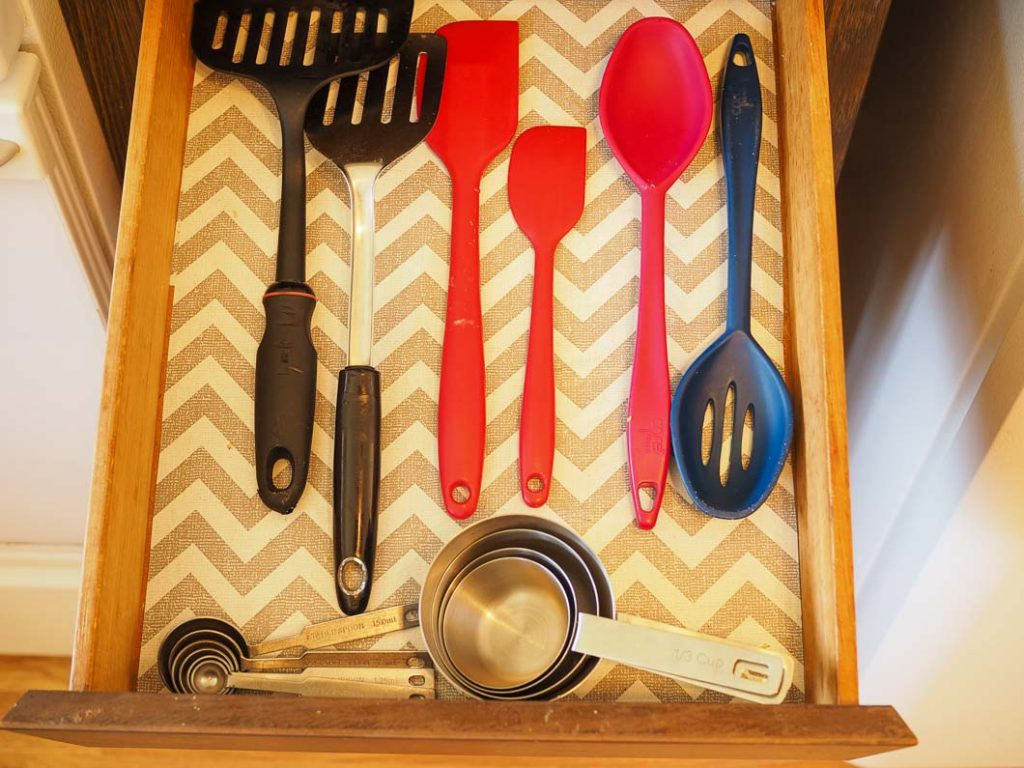only keep what you use all the time and let go of the rest for an easy to maintain kitchen